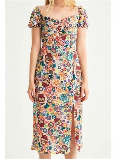 Robin Robin Yırtmaçlı Çiçek Desenli Elbise Bej Bej